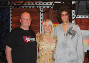 Electrified t-shirt with Les Walgreen, Sara Herbert-Galloway and Howard Stern